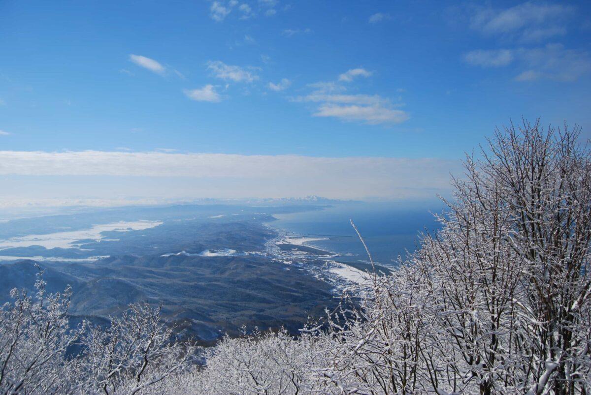 弥彦山登山