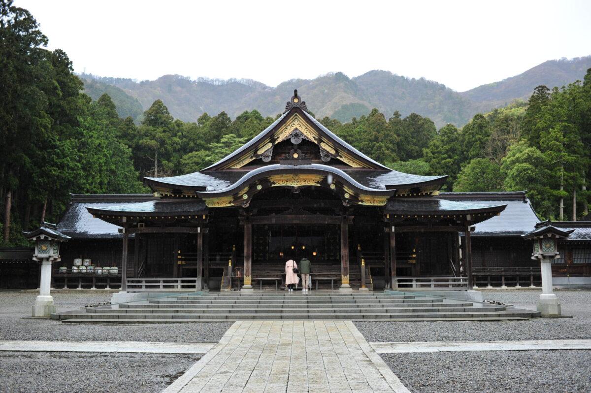 単焦点 Nikon 35mm 弥彦神社